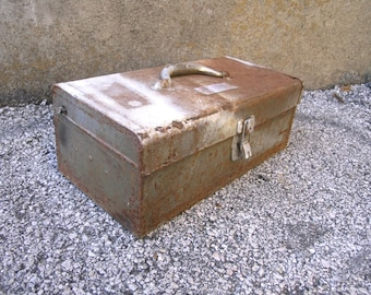 Vintage Parks Metal Tool Box, Industrial Chic, Garden Planter, travel tool case, industrial style, cottage chic, vintage tool box, metal box