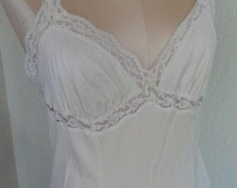 Vintage Full Slip Olga Flared Size 34 Off White Slip Dress