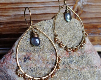 Twinkle. Hammered Artisan Boho Gold Brass Chandelier Drop Earrings with Wire Wrapped Labradorite and Gold Champagne Freshwater Pearl-Boho