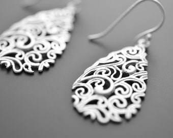 10% OFF, Paisley Drop Silver Earrings, Wedding jewelry, Vervain jewelry, Bridal earrings, Mother's gift, Cocktail jewelry, Clip earrings