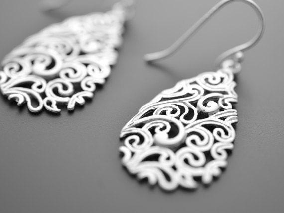 SALE, Paisley Drop Silver Earrings, Wedding jewelry, Vervain jewelry, Bridal earrings, Mother's gift, Cocktail jewelry, Clip earrings