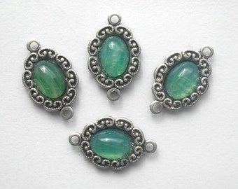 4 Piece Set of Minty Green Glass Connectors in Antiqued Silver