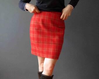 90s Beneton Red Green Plaid Preppy Mini Skirt Small