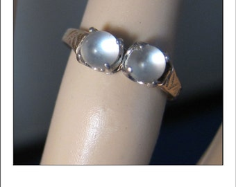 Antique Victorian 14k Double Blue Moonstone Engraved Ring