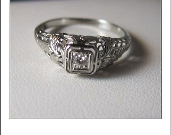 Antique Art Deco 18k Diamond Filigree Engagement Ring