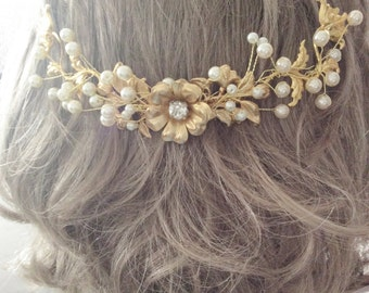 Gold wedding comb bridal wedding comb gold flower pearl hair comb