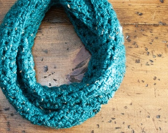 MADE TO ORDER: Chunky Crochet Infinity Scarf in Teal Tweed Winter Accessories Chunky Cowl Winter Scarves Gifts under 25 Gifts for her