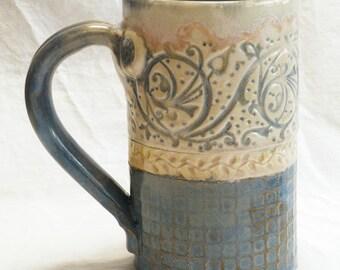 ceramic artisan coffee mug 16oz  stoneware 16A076