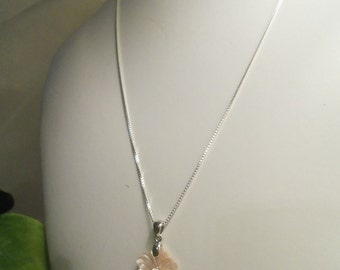 Sale- Lovely Women's NEVER WORN Pink Mother of Pearl Flower w/ CZ & Italian Sterling 925 Box Chain Necklace- Birthday Gift Her Mom Mother