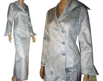 80s GEORGE SIMONTON Formal Suit UNWORN Bust 37 Pale Blue & Silver Brocade Ziggy Stardust Rhinestone Buttons