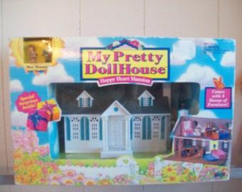 My Pretty Dollhouse NRFB