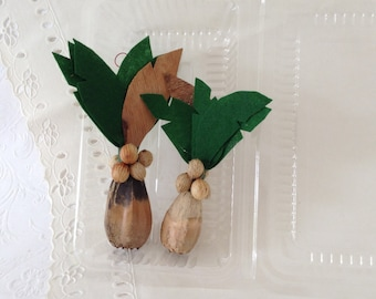 Hawaiian - palm tree Christmas ornaments - natural decorations - Mele Kalikaka - handmade and original