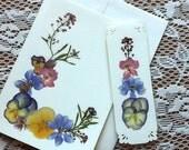 PRESSED FLOWER Handmade Greeting Card & Bookmark Gift Set - Preserved Garden Flower Blank Stationary, Botanical Gift Set, Mother's Day
