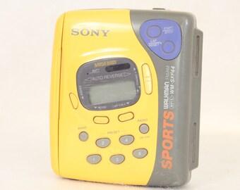 Sony Sports Walkman fm/am AVLS WM SXF 44 Vintage Electronics