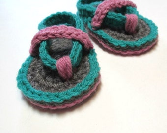 Baby crochet summer flip flop sandals.  Made to order, several sizes.  Summer booties for baby.  Summer baby sandals.  Grey pink teal.
