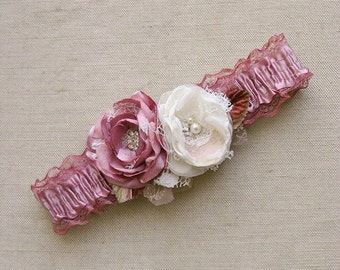 Vintage Wedding Garter, Bridal Flower Garter, Dusty Rose Bridal Garter, Wedding Garter, Ivory Flower Bridal Garter, Keepsake Bridal Garter