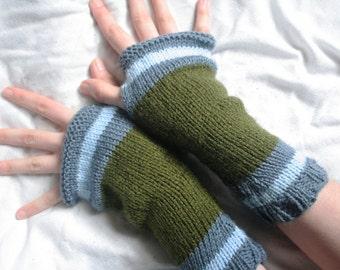 Fingerless arm warmers - knitted Irish wool - blue - light blue - green