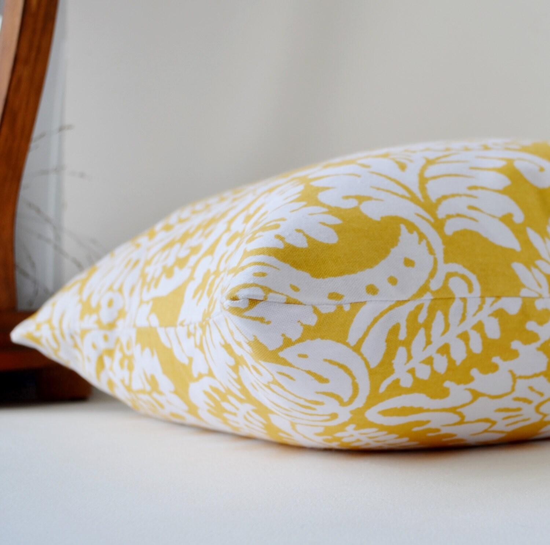 Pillows light yellow and white traditions slub yellow white - Whiten yellowed pillows ...