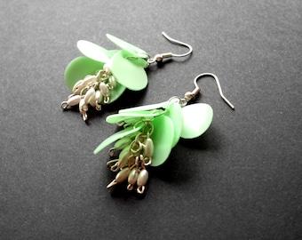 SALE Mint earrings made of plastic bottle bell flower earrings eco friendly jewelry pastel earrings upcycled jewelry mint green earrings