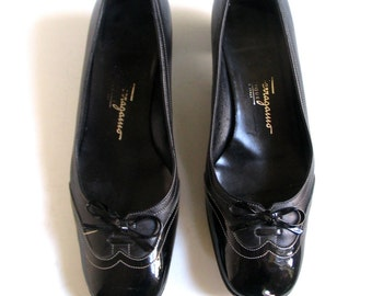 Vintage Ferragamo Shoes, Size 5, Black Leather and Patent, Low Heeled Pumps, Made in Italy