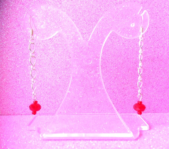 Red Crystal Glass and Figaro Chain Dangly Fashion Trend Dangle Drops-Ladies Jewellery-Gifts for women-Gifts for her-Jewellery for women