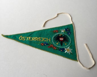 Small Green Vintage Vorarlberg Osterreich Souvenir Pennant from Germany
