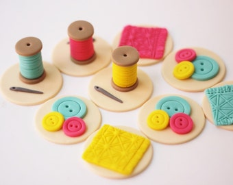 Fondant sewing toppers - fondant buttons - sewing fondant themed toppers - edible buttons - sewing cake toppers - button cupcake toppers
