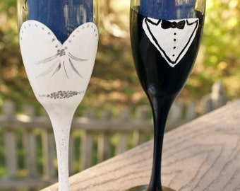 Wedding Champagne Glasses, Champagne Glass Set, Wedding Champagne Flute, Wedding Toast Set, Hand Painted Wine Glasses