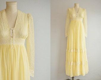 Vintage Gunne Sax Maxi Dress / 1970s Pale Yellow Cream Sheer Cotton Lace Maxi Boho Wedding Prom Dress