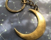 CRESCENT MOON simple space bronze keychain