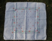 Vintage Tablecloth Table Cover 1940s Embroidered Vintage Linens