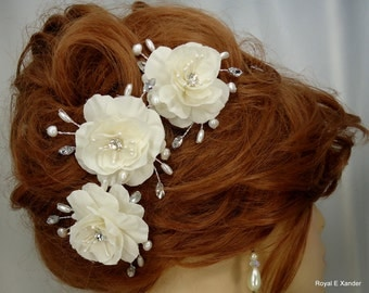 Wedding Hair Flowers, Ivory Flower Pins, Set of 3, Mini Hair Roses, Flower Hair Pins, Wedding Accessories, REX15-371