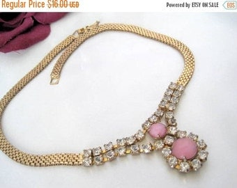 Rhinestone Necklace - Pink Glass Cabochon - Gold Mesh Chain