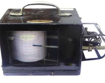Negretti & Zambra Barograph Vintage Scientific Instrument Vintage Thermograph Made in England Range 0 to 100 Degrees Fahrenheit