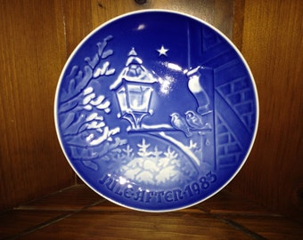 "Bing & Grondahl  Copenhagen Porcelain Danish  ""Jule After  1983""  Vintage Collector's plate  ""Christmas in the Old Town"""