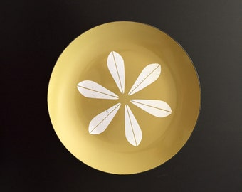 Catherineholm Mustard Yellow Enamel Plate/Charger/Platter - Lotus Leaf