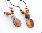 Silk & Wood Teething Necklace, Mom Necklace, Breastfeeding, Teething Beads, New Mom Gift / NP38