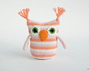 Owl Rattle, handmade crochet toy, baby shower gift - FrejaToys
