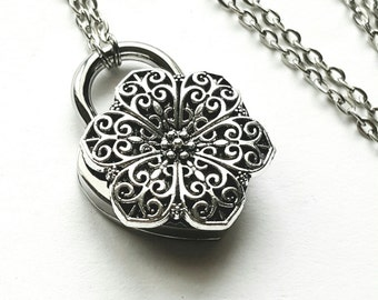 SALE Flower Daisy - Discreet Slave BDSM Day Collar Necklace Heart Lock
