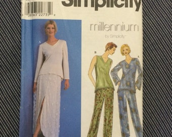 Misses Skirt, Pants and Knit Tunic Simplicity 8626 UNCUT
