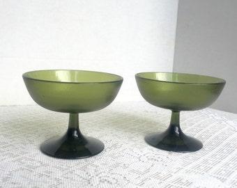 Vintage Plastic Sherbet Cups or Champagne Glasses in Avocado Green