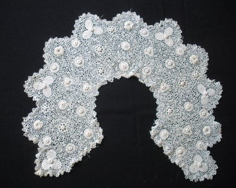 Antique Irish Crochet Child's or Doll Collar, delicate tiny scale  Excellent