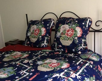 Chinoiserie Duvet Cover and Euro Shams in Queen Size