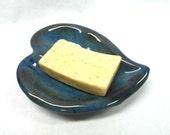 Heart Soap Dish, Pottery Soap Dish, Ceramic Soap Dish, Heart Trinket Dish Pottery Trinket Dish, Heart Ring Dish, Heart Jewelry Dish in Blue