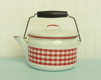 RARE Vintage Red Gingham and White Enamelware Tea Kettle, Picnic Check Checked Pot - Vintage Travel Trailer and Home Decor