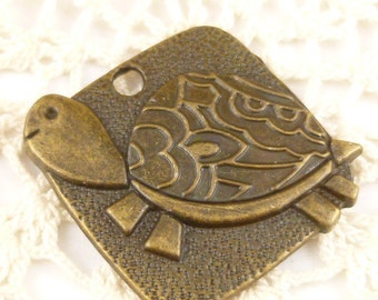 Adorable turtle tortoise pendants Coin, Antiqued Bronze (3)