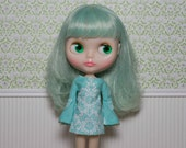 Bell sleeved turquoise patterned retro mod style dress for Blythe Pullip Dal licca and similar dolls