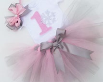 Winter onederland Pink and Silver Tutu Set-1st Birthday Outfit-Baby Girl Winter Wonderland Snowflake