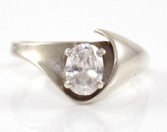 SALE Vintage Kabana Sterling Silver Ring, CZ Solitaire Swirl Setting, Elegant Modernist SZ 7.75