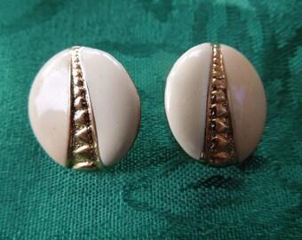 Vintage Post Earrings.  Round, Gold Tone Stripe Between Cream and Pink Enamel